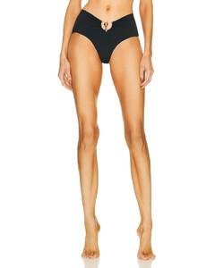 粉色绗缝长款羽绒夹克