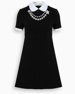 Flower necklace dress