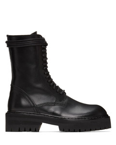 黑色系带沟纹底踝靴