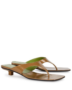 Jack 25 brown patent leather sandals