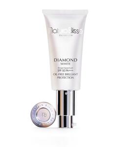 Diamond White SPF50 PA+++ Oil Free