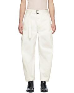 灰白色斜纹长裤