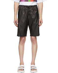 黑色涂层短裤