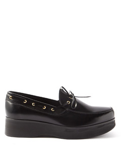 拼接运动鞋