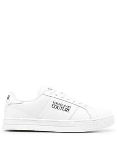 抽绳式系带运动鞋