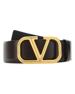 Set of three mismatched pins